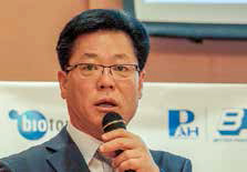 Dr Kyo-yeol Hwang